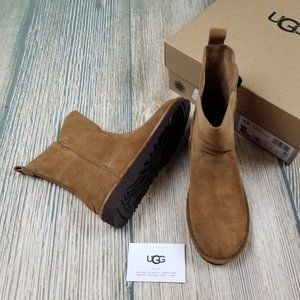 New UGG brown suede light weight boots